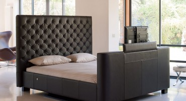 Los Angeles TV Bed in Brown