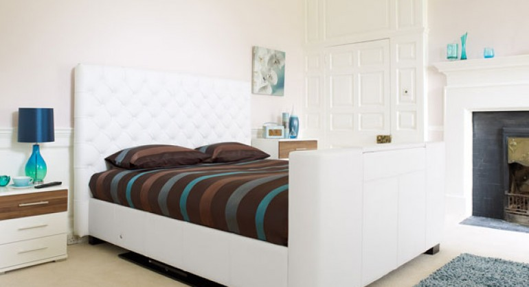 Los Angeles TV Bed in White